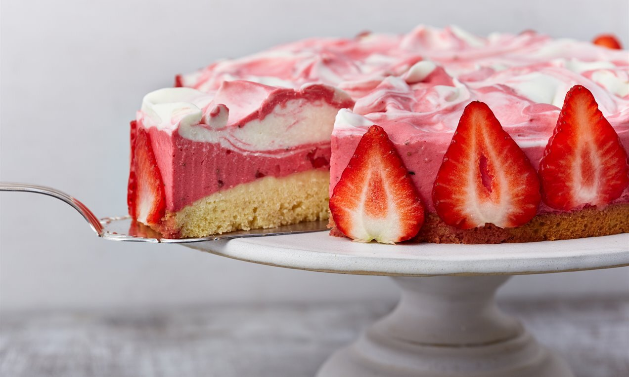 Torta s jagodama i pjenušcem Recept | Dr. Oetker